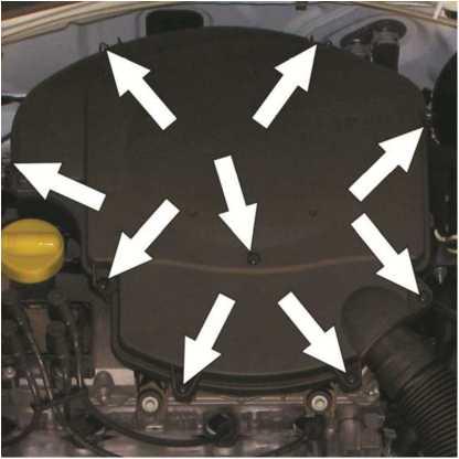 Замена фильтрующего элемента воздушного фильтра двигателя K7M
